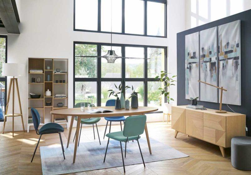 Table à diner de forme ovale style scandinave