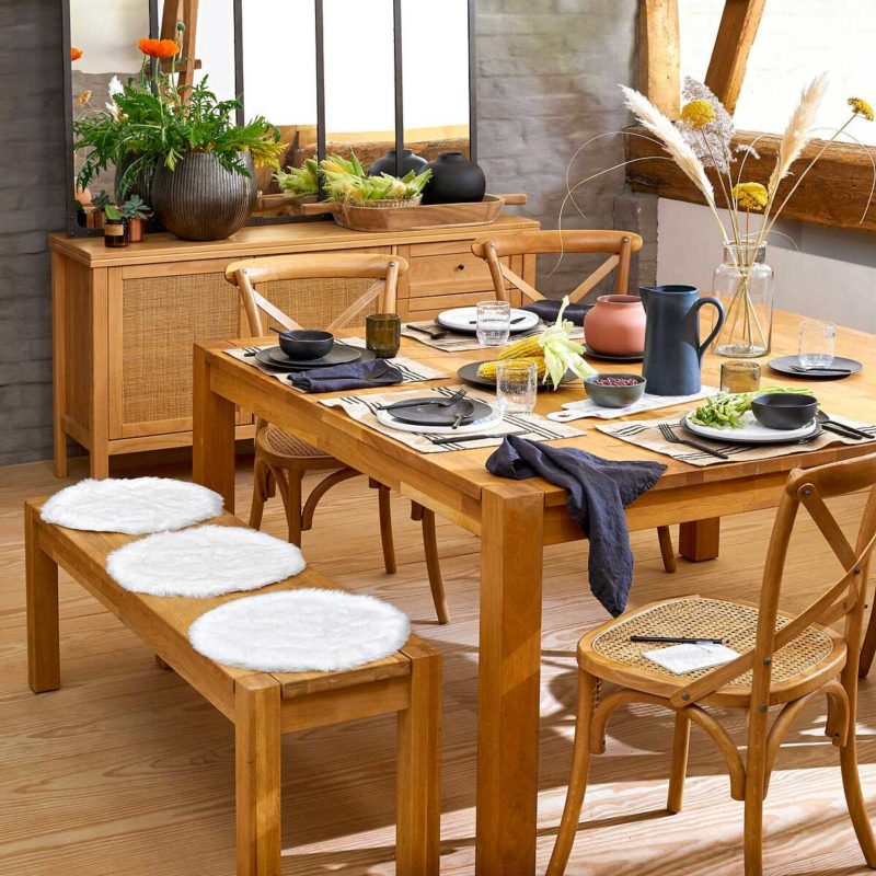 Table à manger carrée en chêne massif