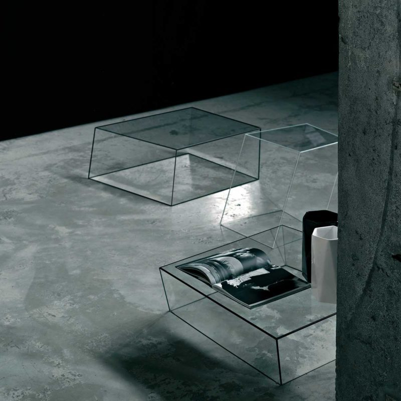 Table basse en verre trempé au design contemporain