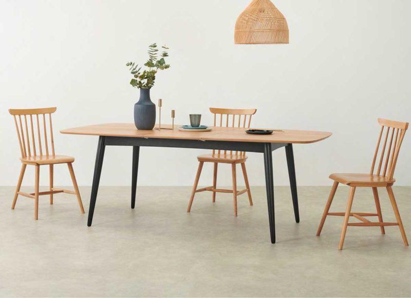 Table bicolore pour déco néo-scandinave