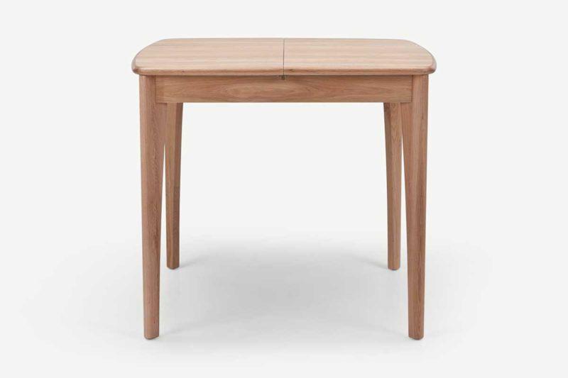 Table carrée pour petite salle à manger