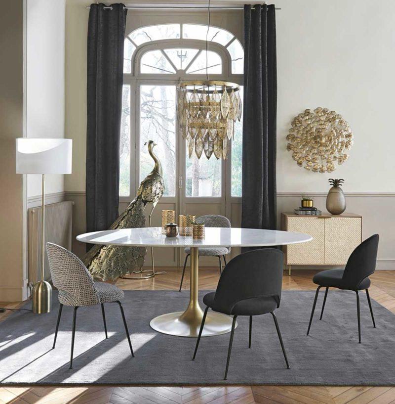 Table ronde en marbre six personnes avec pied tulip
