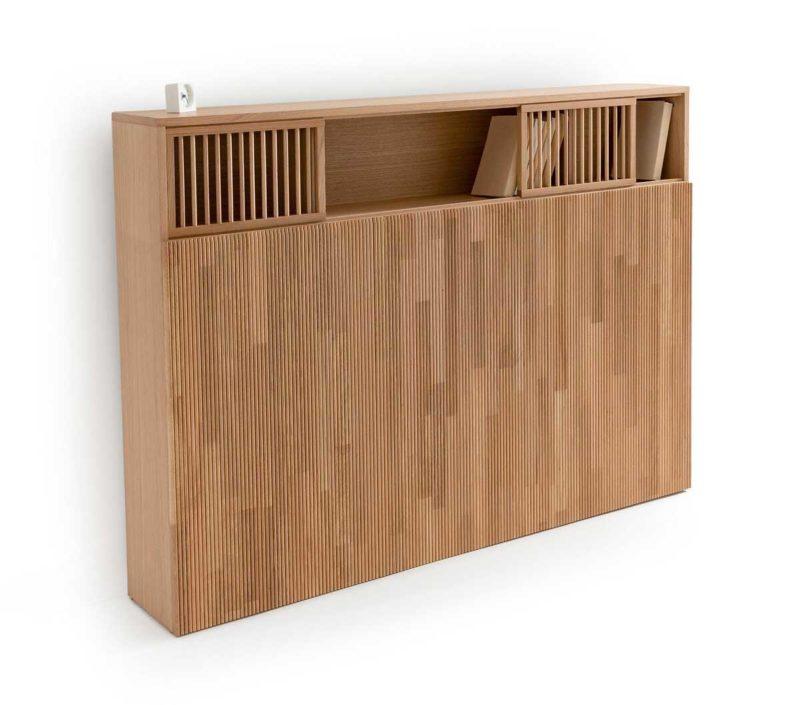 Tête de lit étagère en chêne au design contemporain