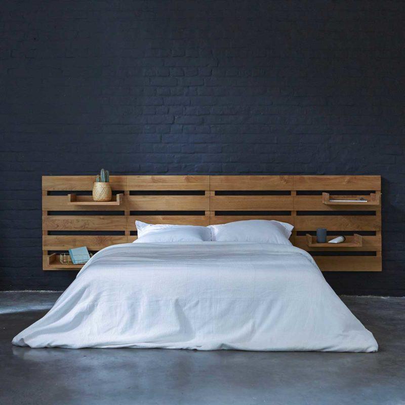 Tête de lit en teck avec tablettes modulables