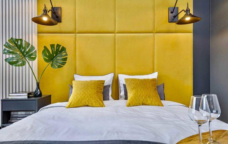 Tête de lit sur-mesure en panneaux de velours