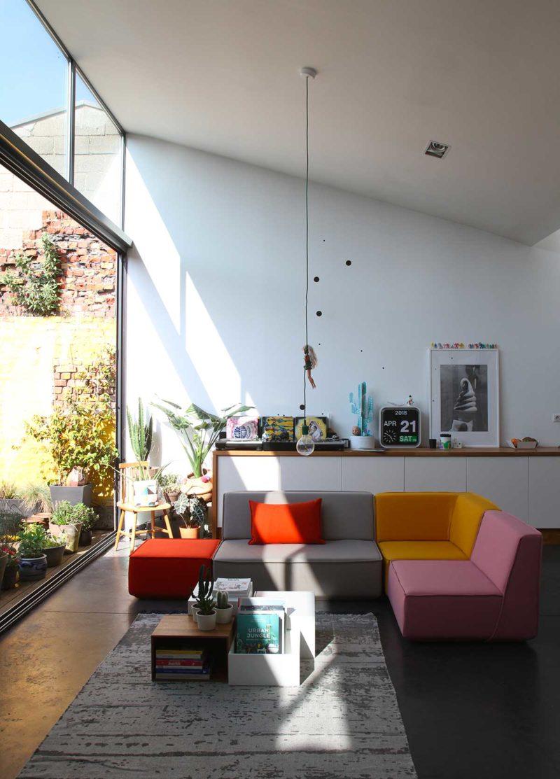 Canapé d'angle au design original