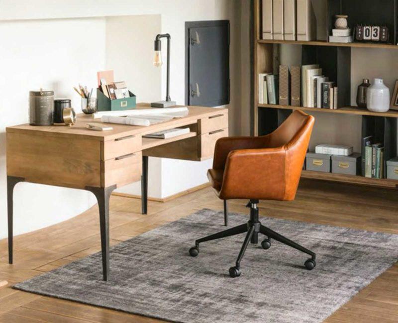 Chaise de bureau à roulettes en cuir marron