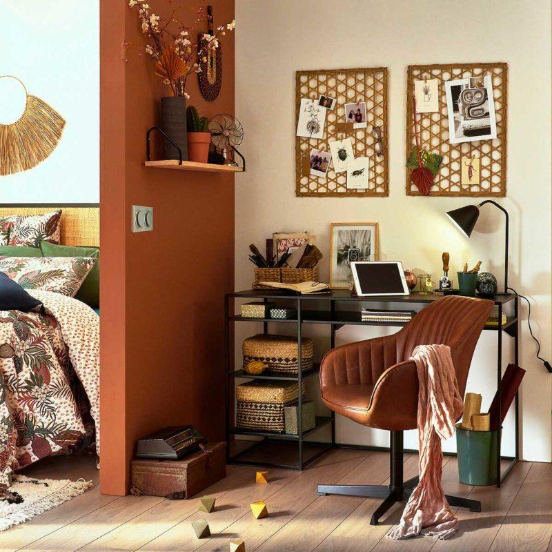 Fauteuil de bureau pivotant en cuir marron