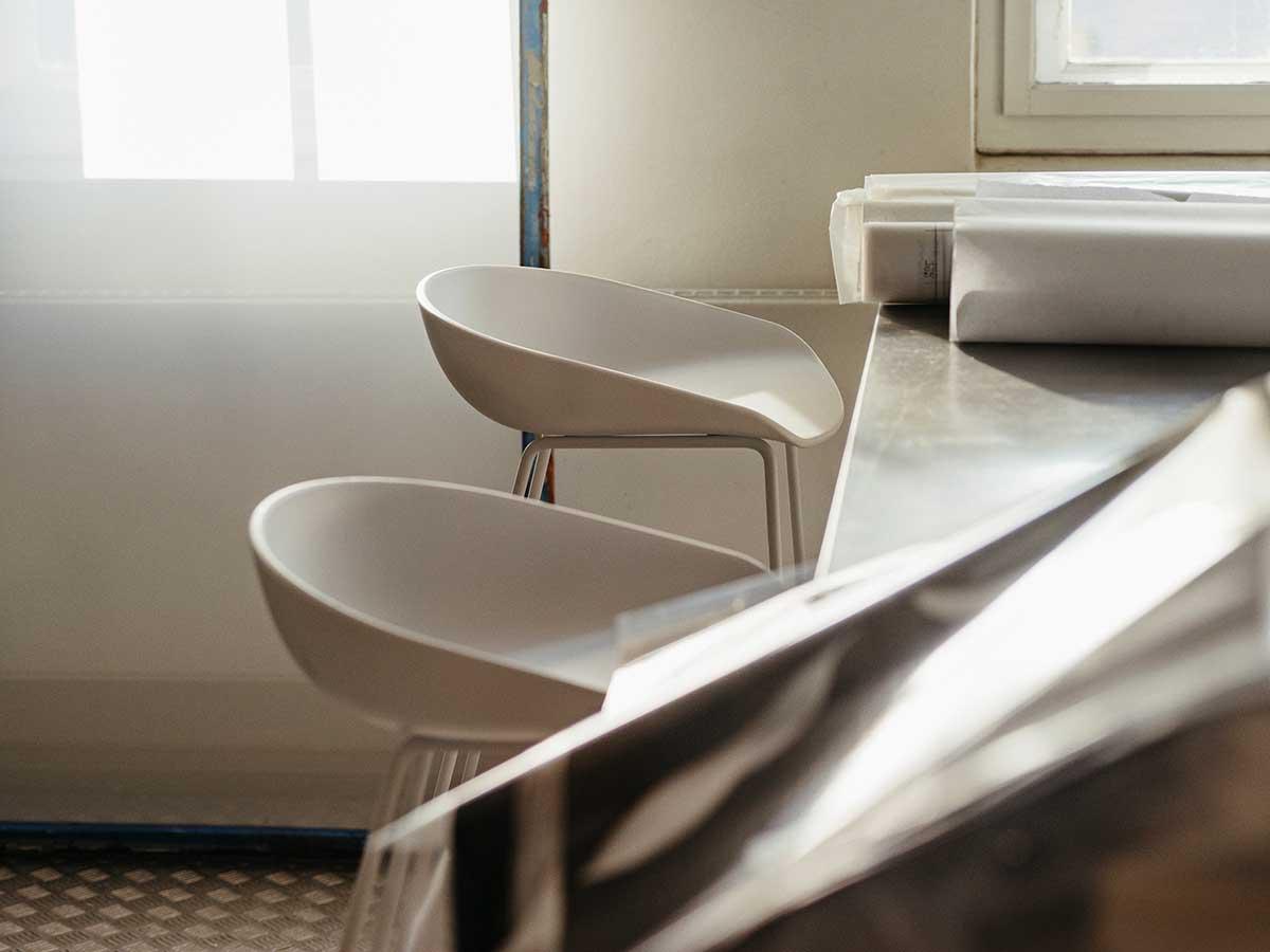 Tabouret de bar blanc : 18 idées de chaise pour la cuisine