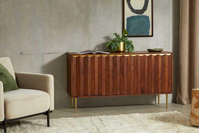Buffet en acacia au design raffiné