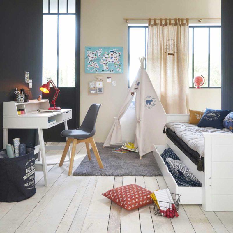 Chambre d'enfant avec lit gigogne
