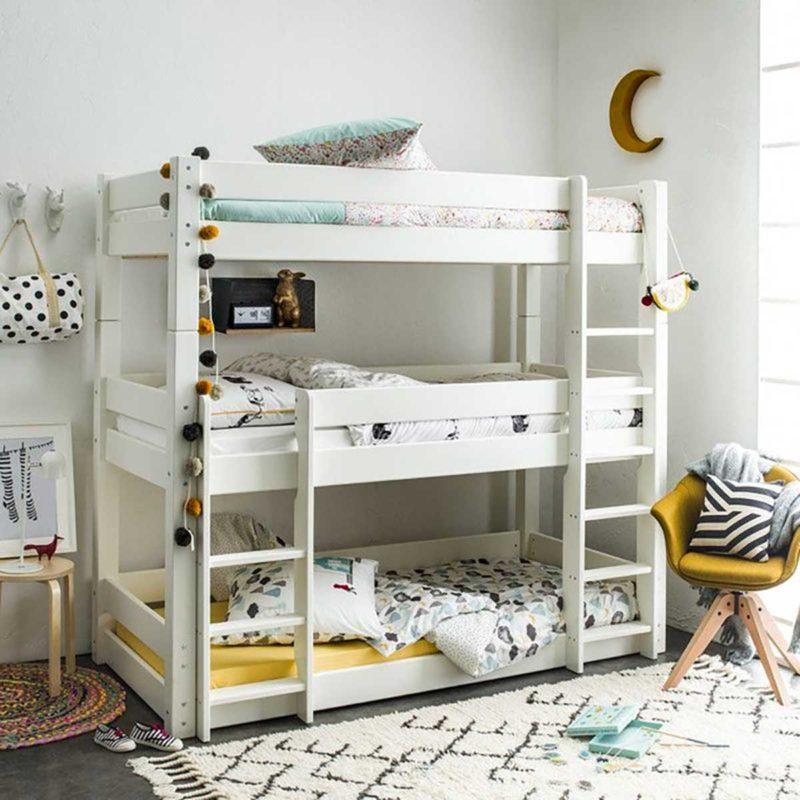 Chambre enfant avec lit superposé trois places