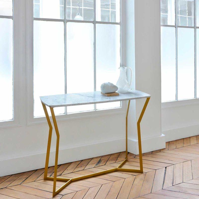 Console or avec plateau en mabre blanc