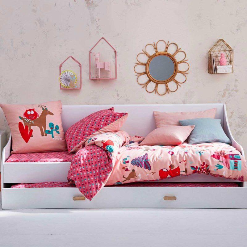 Idée de lit gigogne pour la déco d'une chambre de fille