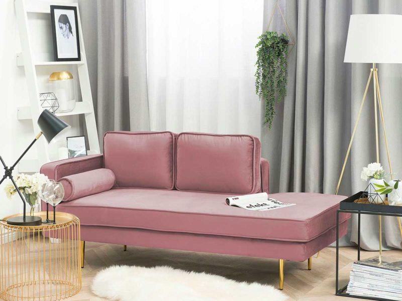 Méridienne en velours rose avec pieds dorés