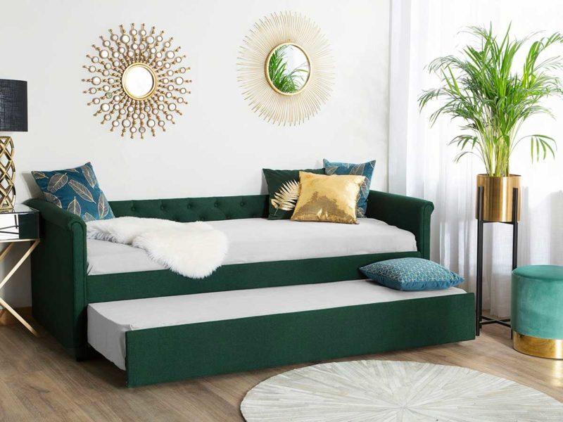 Salon avec canapé lit gigogne capitonné