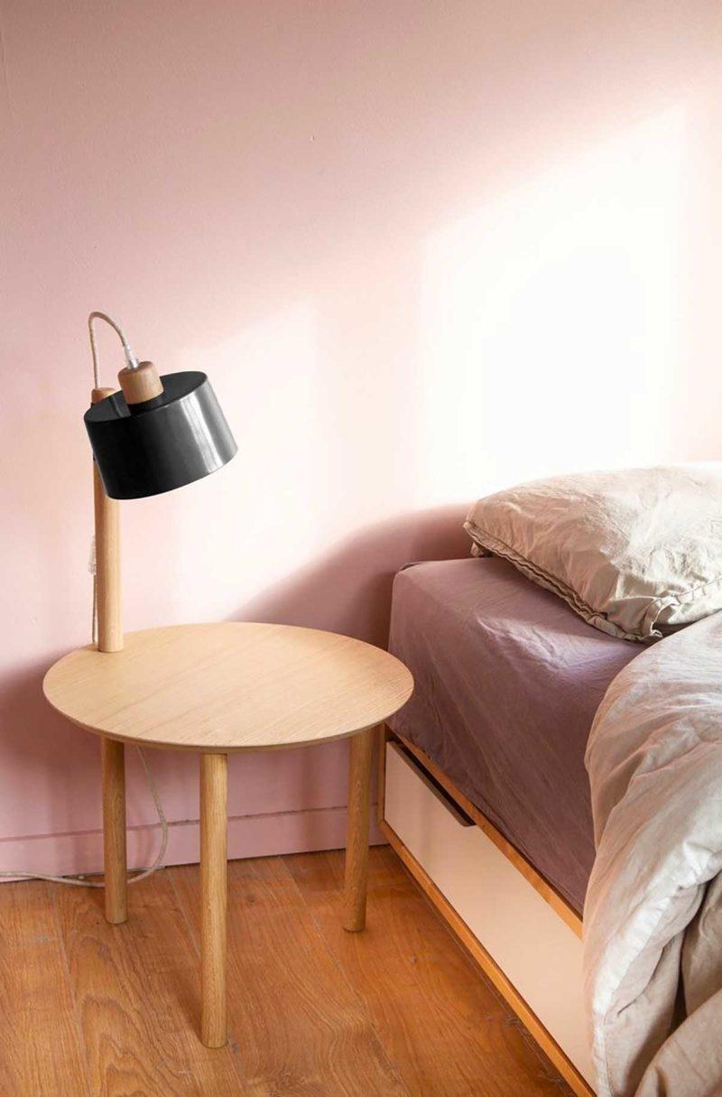 Table de nuit ronde avec lampe intégrée