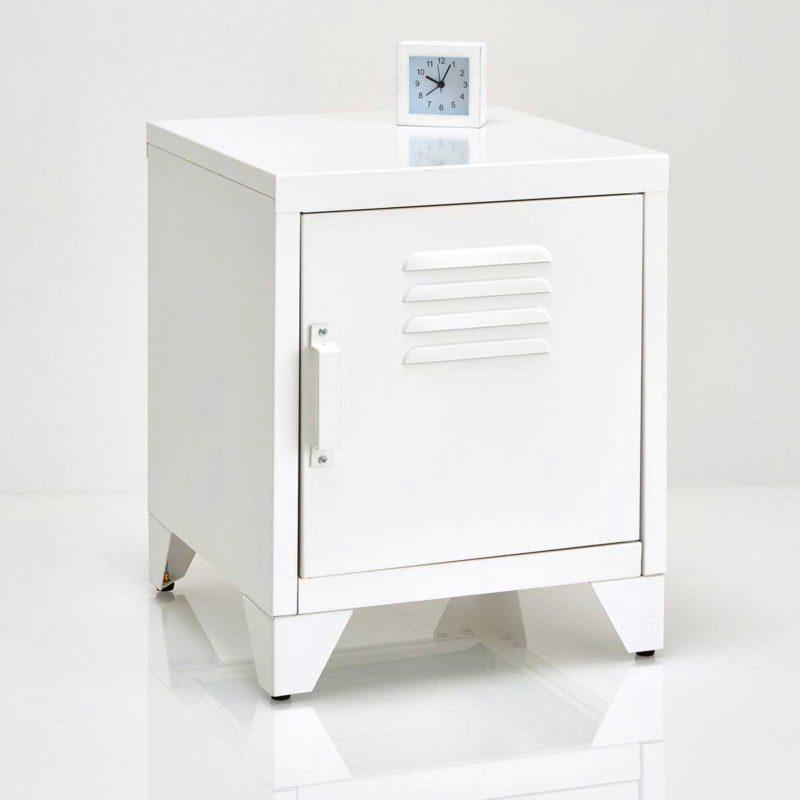 Table de nuit style armoire vestiaire en acier blanc