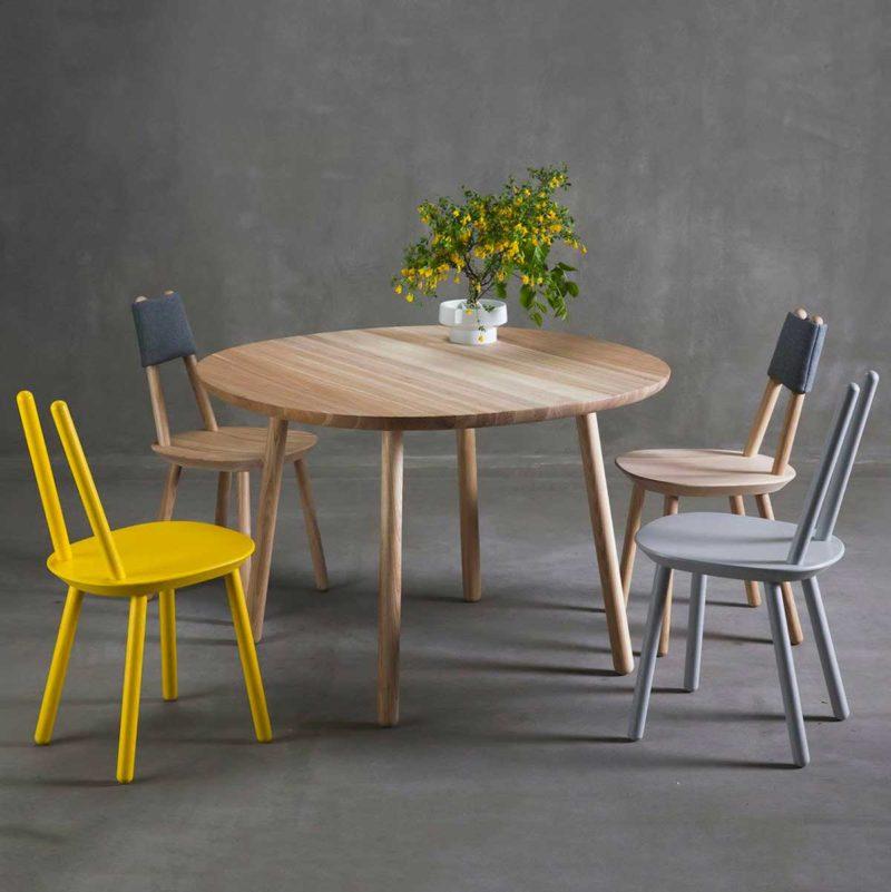 Assise au design original en bois