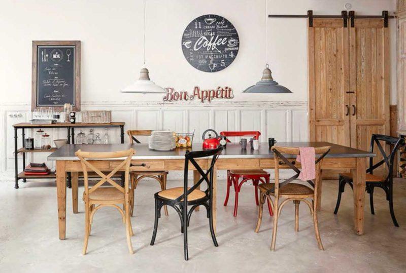 Chaise en bois au style vintage