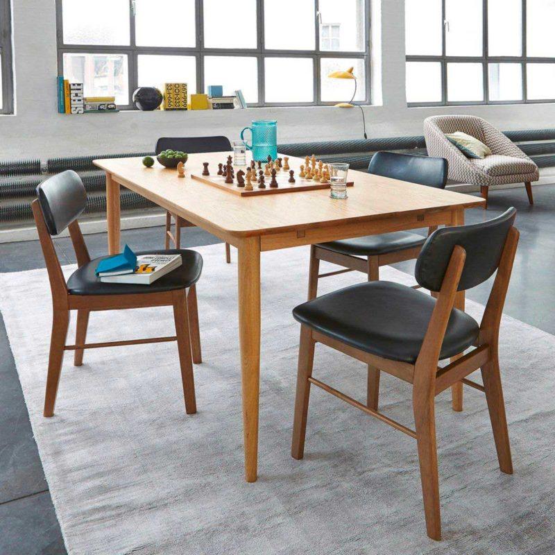 Chaise esprit vintage avec assise et dossier simili cuir